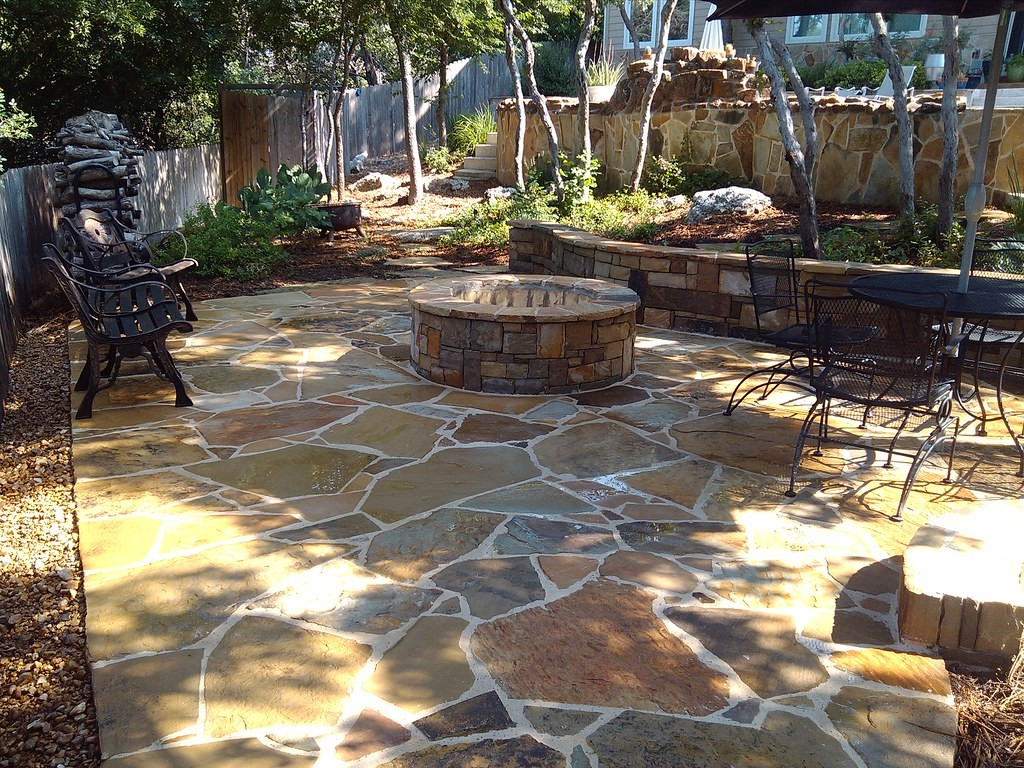 Outdoor design work-Tampa Bay FL Outdoor Living & Designs-We offer Landscape Design, Outdoor Patios & Pergolas, Outdoor Living Spaces, Stonescapes, Residential & Commercial Landscaping, Irrigation Installation & Repairs, Drainage Systems, Landscape Lighting, Outdoor Living Spaces, Tree Service, Lawn Service, and more.