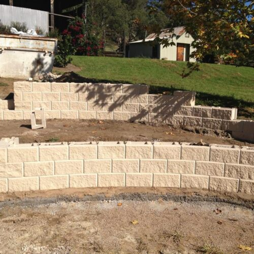 Retaining walls-Tampa Bay FL Outdoor Living & Designs-We offer Landscape Design, Outdoor Patios & Pergolas, Outdoor Living Spaces, Stonescapes, Residential & Commercial Landscaping, Irrigation Installation & Repairs, Drainage Systems, Landscape Lighting, Outdoor Living Spaces, Tree Service, Lawn Service, and more.